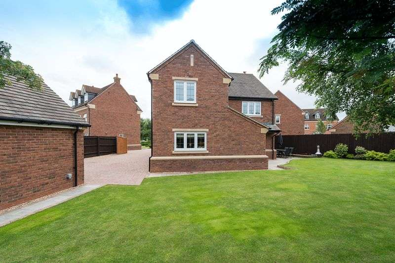4 Bedrooms Detached House for sale in ALLENDALE ROAD, LOUGHBOROUGH