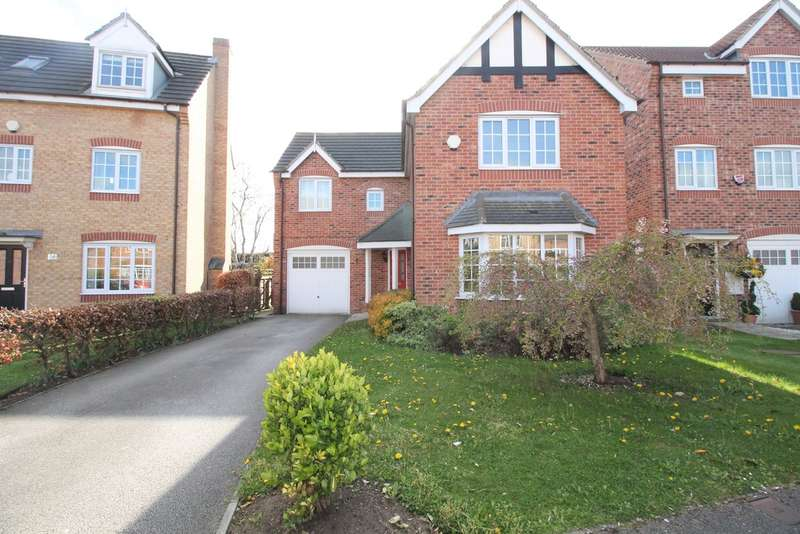 4 Bedrooms Detached House for sale in Cornflower Drive, Bessacarr