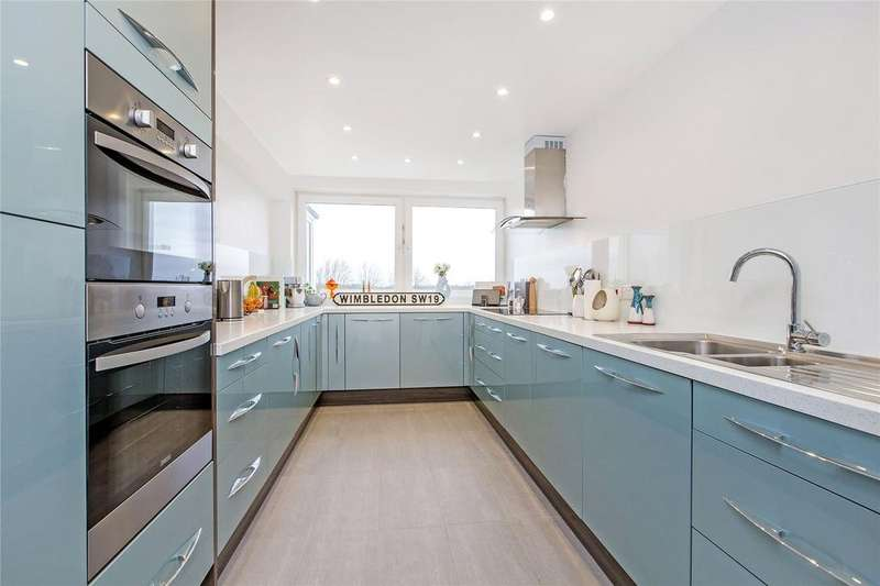 2 Bedrooms Flat for sale in Burghley House, Somerset Road, SW19