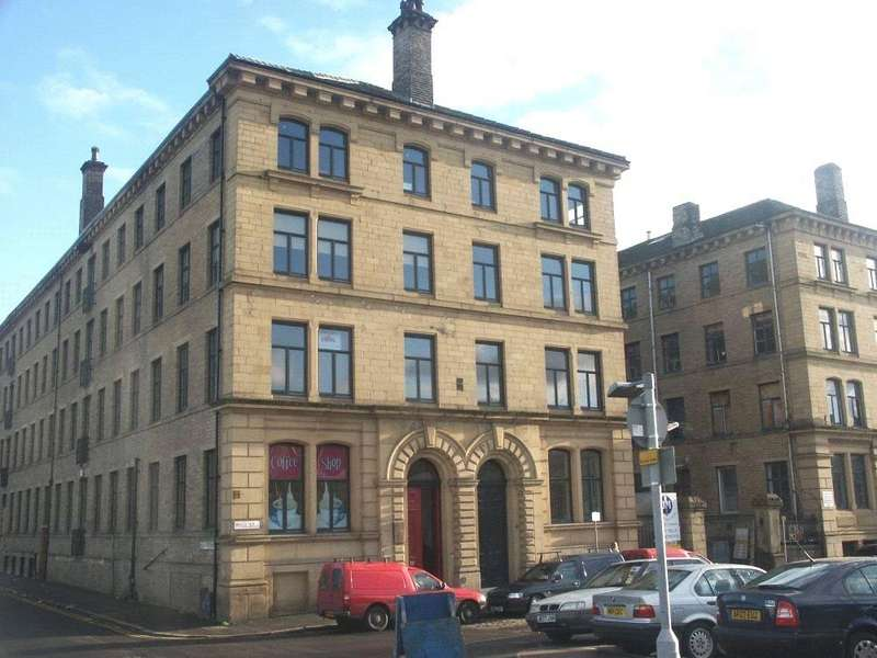 2 Bedrooms Apartment Flat for sale in City Mills, Bradford, West Yorkshire, BD1