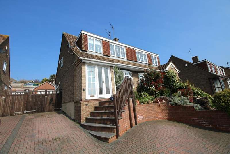 4 Bedrooms Semi Detached House for sale in Roman Road Northfleet DA11