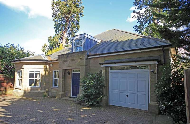 4 Bedrooms Detached House for sale in Mill Hill, Edenbridge