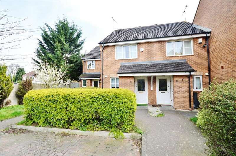 2 Bedrooms Terraced House for sale in Derwent Close, Garston, Hertfordshire, WD25