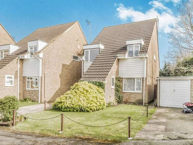 4 Bedrooms Detached House for sale in Tynedale, London Colney, St. Albans, AL2