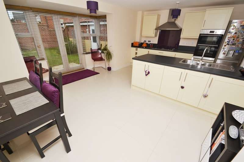 4 Bedrooms House for sale in Bournemouth