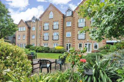 1 Bedroom Retirement Property for sale in Precista Court, 48 High Street, Orpington