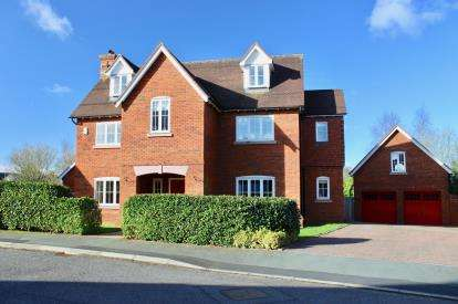 6 Bedrooms Detached House for sale in Redbourne Drive, Weston, Crewe, Cheshire