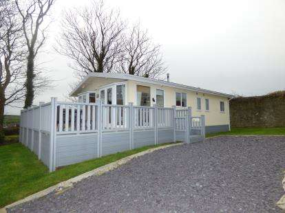 2 Bedrooms Bungalow for sale in Bryn Mechell Caravan Park, Bryn Mechell, Llanfechell, Anglesey, LL68