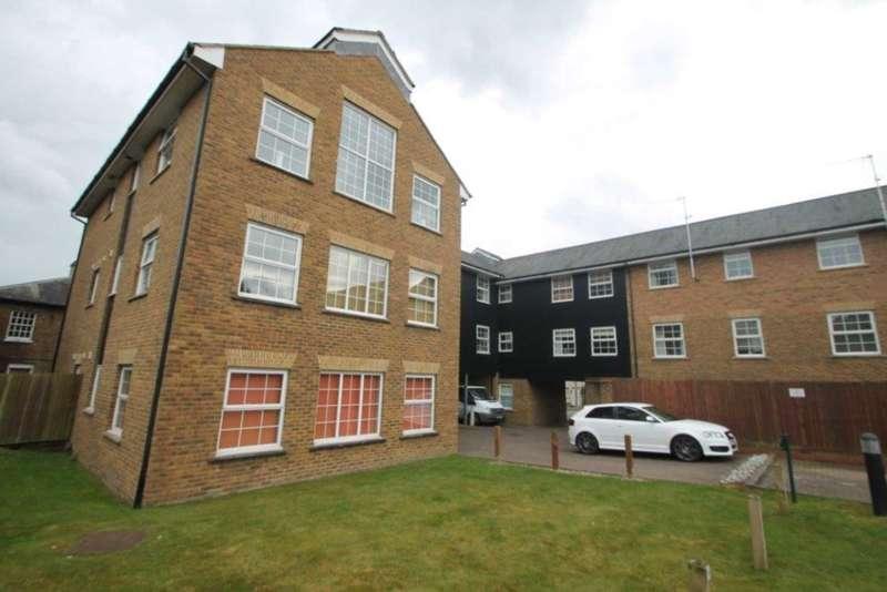 2 Bedrooms Apartment Flat for sale in Apsley, Hemel Hempstead