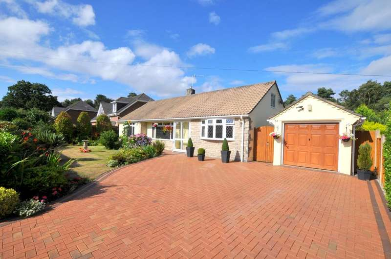 2 Bedrooms Detached Bungalow for sale in Ashley Heath, Ringwood, BH24 2HU
