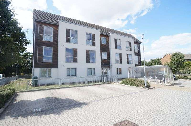 1 Bedroom Flat for sale in Dulcie Close, Greenhithe
