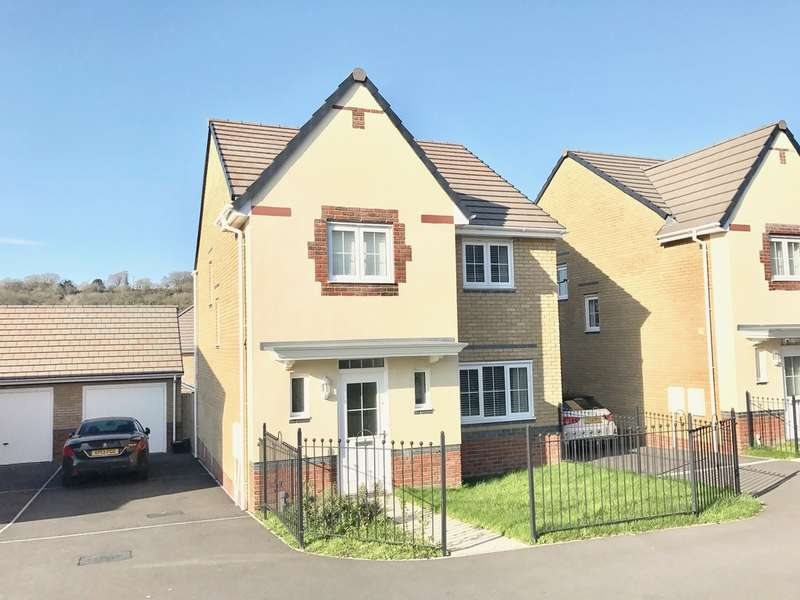 4 Bedrooms Detached House for sale in Cae Morfa, Skewen, Neath