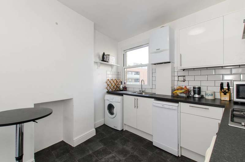 2 Bedrooms Flat for sale in Alderbrook Road, Balham, SW12