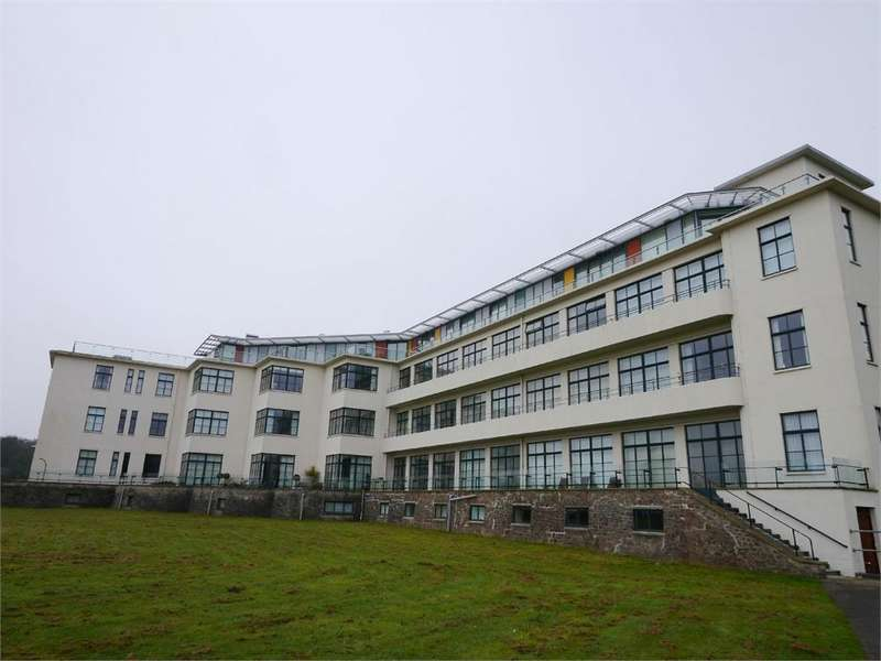 3 Bedrooms Flat for sale in Hayes Point, Sully