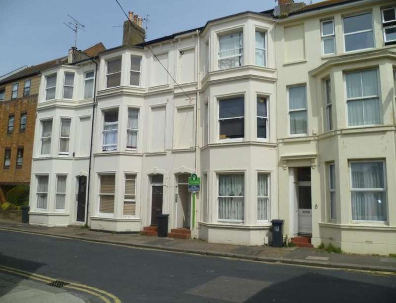 1 Bedroom Flat for sale in Western Place, Worthing, BN11