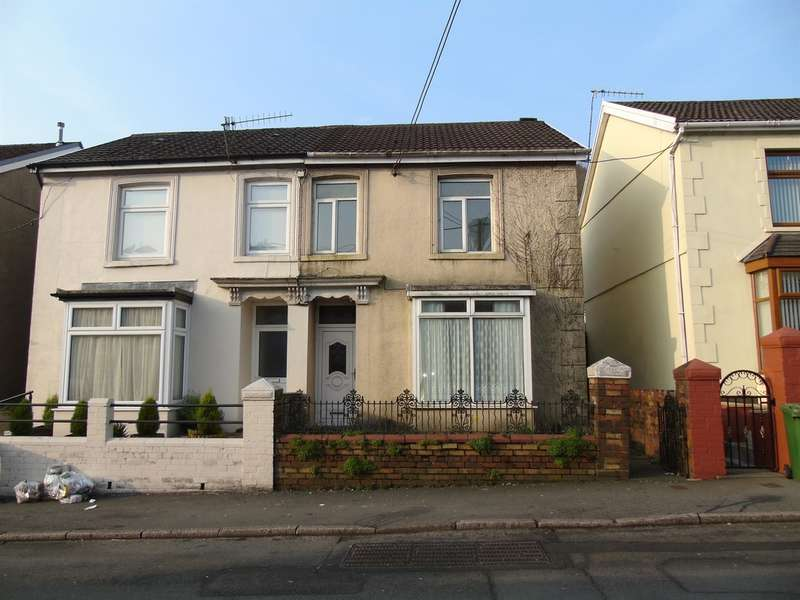 3 Bedrooms Semi Detached House for sale in Abercynon Road, Abercynon, Mountain Ash