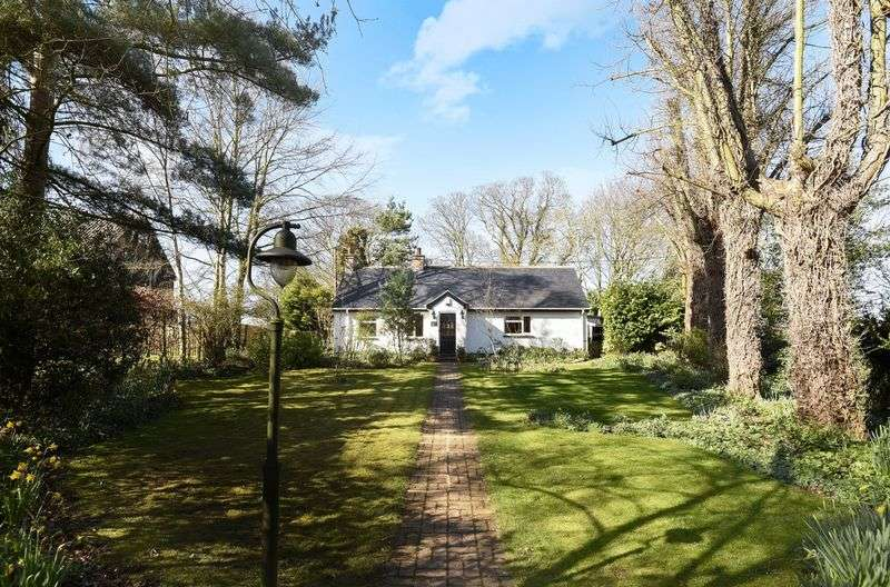 3 Bedrooms Detached House for sale in High Street, Upwood