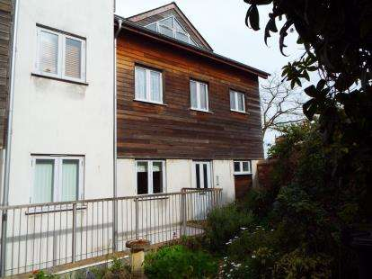 2 Bedrooms Flat for sale in 102 Winner Street, Paignton, Devon