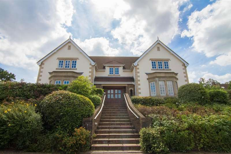 5 Bedrooms Detached House for sale in Cefn Mably Park, Michaelston-Y-Fedw, Cardiff