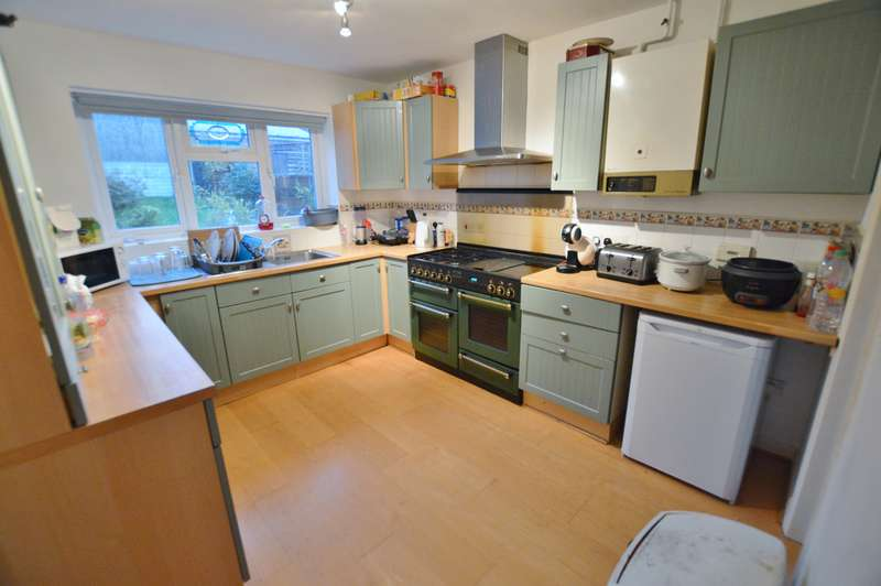 6 Bedrooms Detached House for rent in Turbary Park Avenue, Bournemouth,