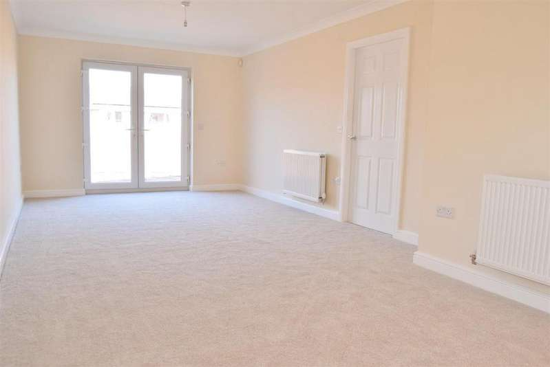 3 Bedrooms Detached Bungalow for sale in Sartfield Road, Forest Town