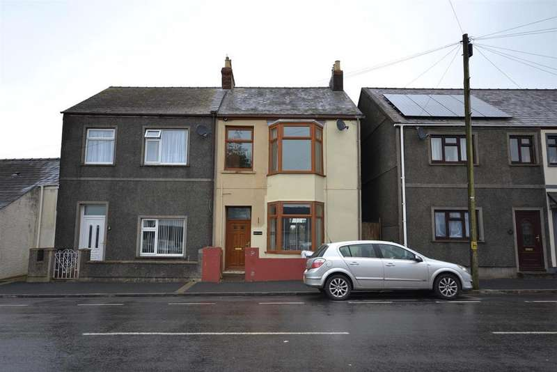 4 Bedrooms Semi Detached House for sale in High Street, Pembroke Dock