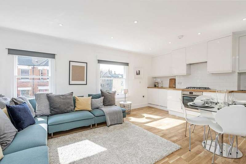 2 Bedrooms Flat for sale in South Island Place, Oval, SW9
