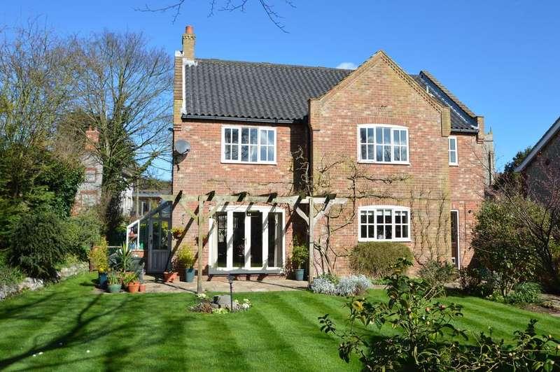 4 Bedrooms Detached House for sale in West Runton, Norfolk
