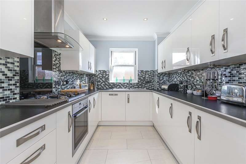 2 Bedrooms Flat for sale in Belmont Hill, London, SE13