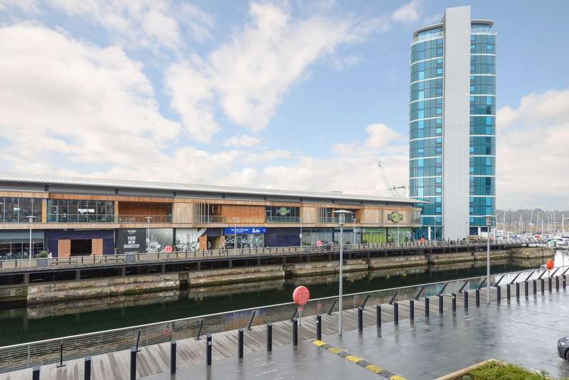 1 Bedroom Apartment Flat for sale in The Wharf, Dock Head Road, Chatham, ME4