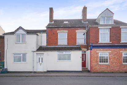 3 Bedrooms Terraced House for sale in Oldminster Road, Sharpness, Berkeley, Gloucestershire