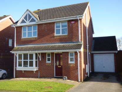 3 Bedrooms Detached House for sale in Bro Caerwyn, LLangefni, Anglesey, North Wales, LL77