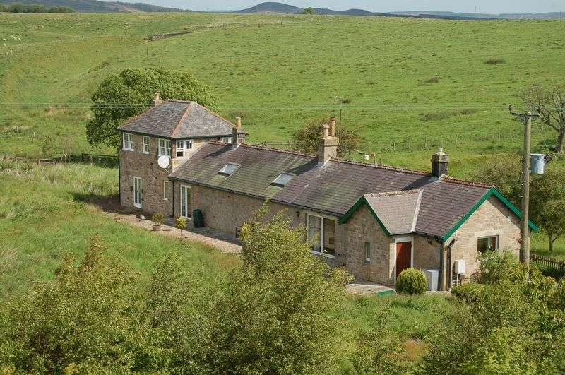 3 Bedrooms Property for sale in Ewesley, Morpeth