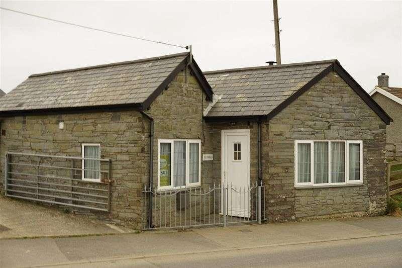 Property for sale in High Street, Delabole
