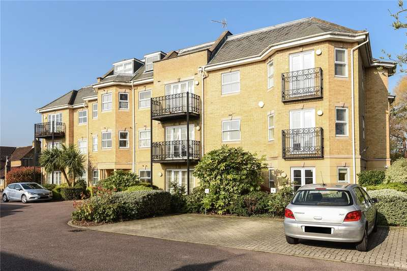 2 Bedrooms Apartment Flat for sale in Sovereign Court, 72A Pinner Road, Northwood, HA6