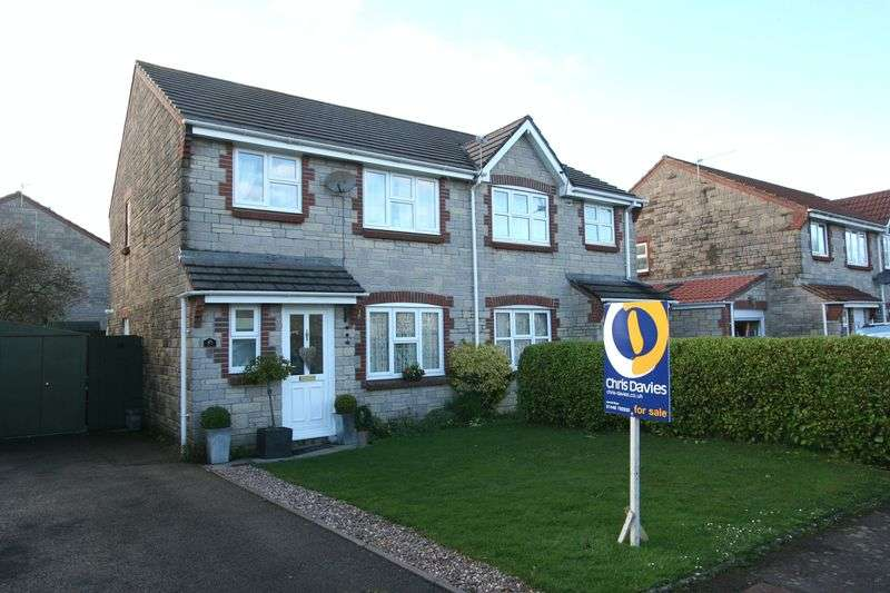 3 Bedrooms Semi Detached House for sale in Heol Y Fro, Llantwit Major