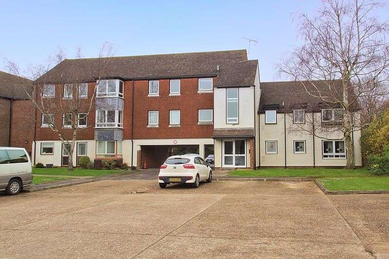 2 Bedrooms Flat for sale in Dial Close, Barnham, PO22