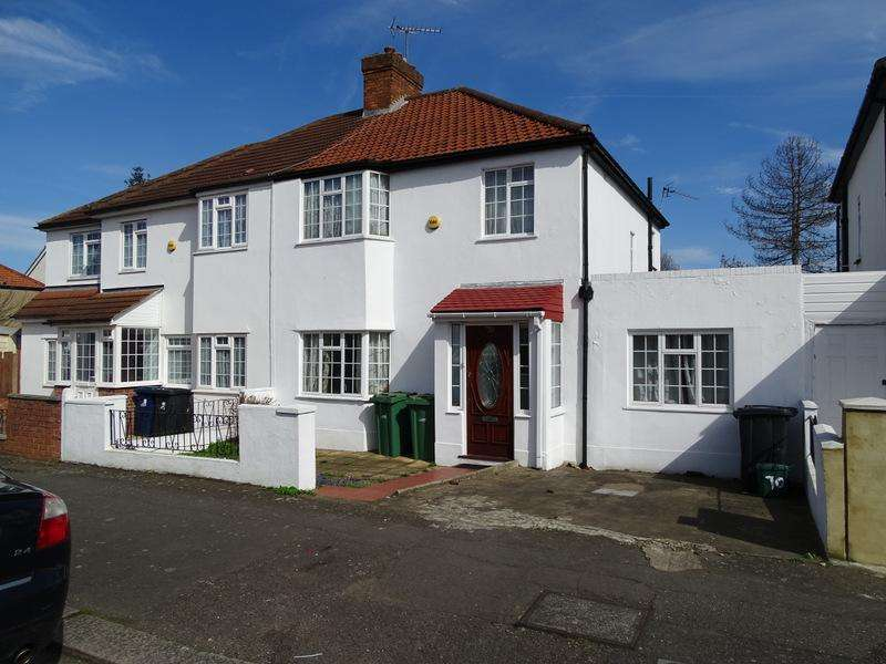 4 Bedrooms Semi Detached House for sale in Avalon Road, Ealing