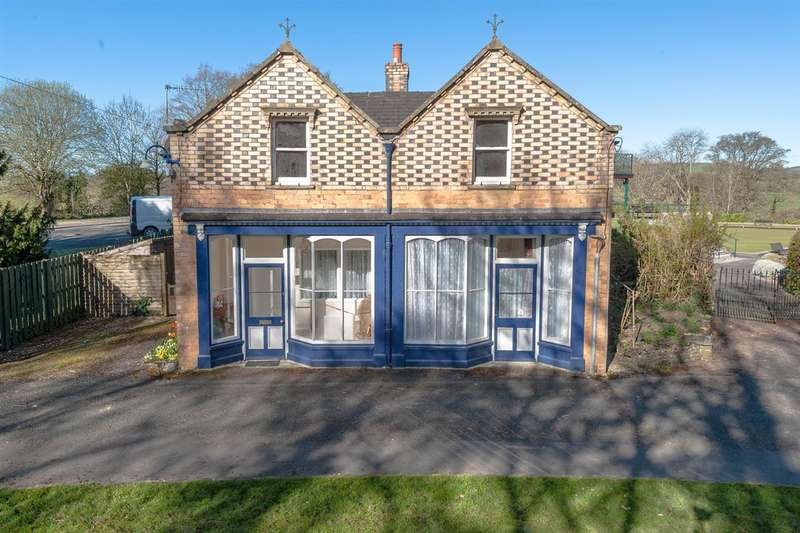 3 Bedrooms Detached House for sale in Arcade Cottage, Rock Park, Llandrindod Wells