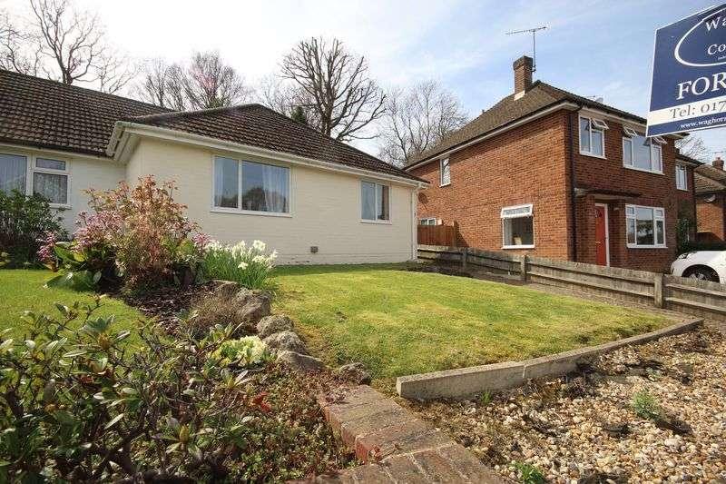 2 Bedrooms Semi Detached Bungalow for sale in Nursery Close, Tonbridge