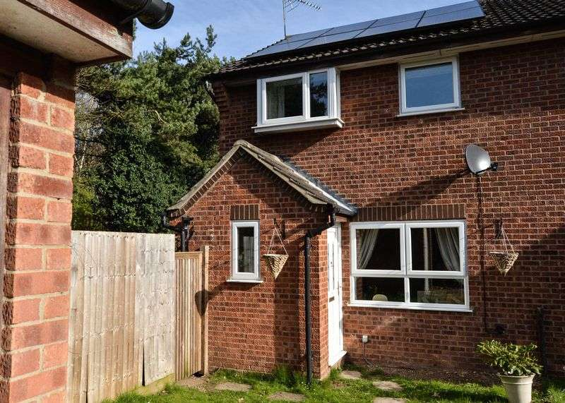 3 Bedrooms Semi Detached House for sale in Anderson Walk, Bury St Edmunds