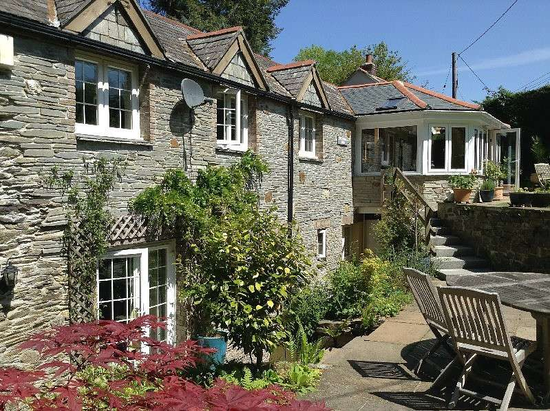 4 Bedrooms Barn Conversion Character Property for sale in Catchfrench Barn, Trerulefoot, Saltash