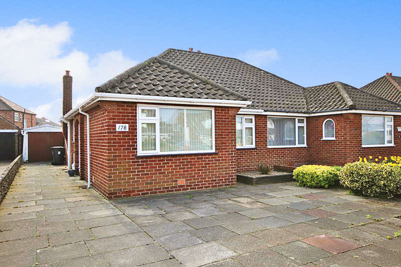 2 Bedrooms Semi Detached Bungalow for sale in Fylde Road, Marshside, Southport