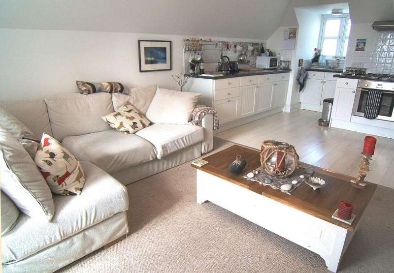 1 Bedroom Flat for sale in South Street, Ventnor, Isle of Wight,