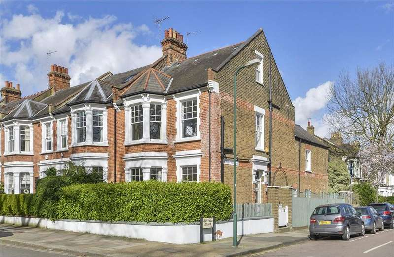 5 Bedrooms Semi Detached House for sale in Kingswood Avenue, Queen's Park, London, NW6