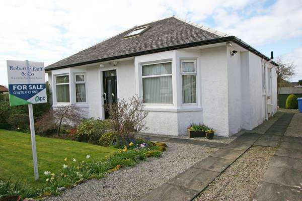 2 Bedrooms Detached Bungalow for sale in 1 Castlehill Drive, Largs, KA30 9NA