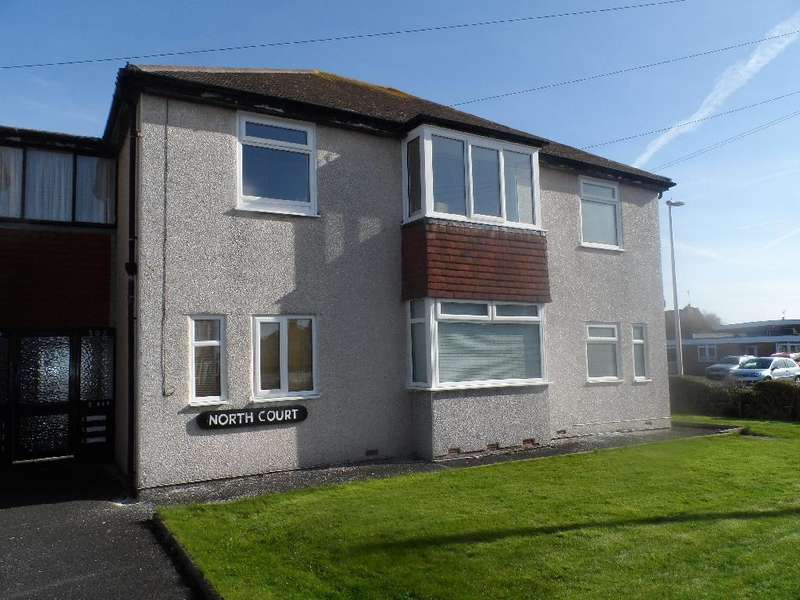1 Bedroom Flat for sale in North Court, Cleveleys, FY5 3RD