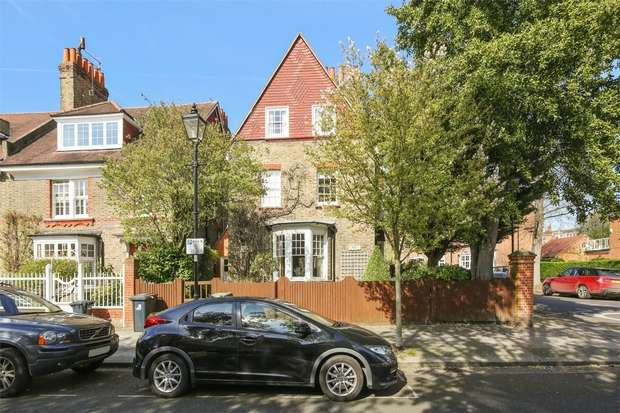 4 Bedrooms Detached House for rent in Woodstock Road, LONDON