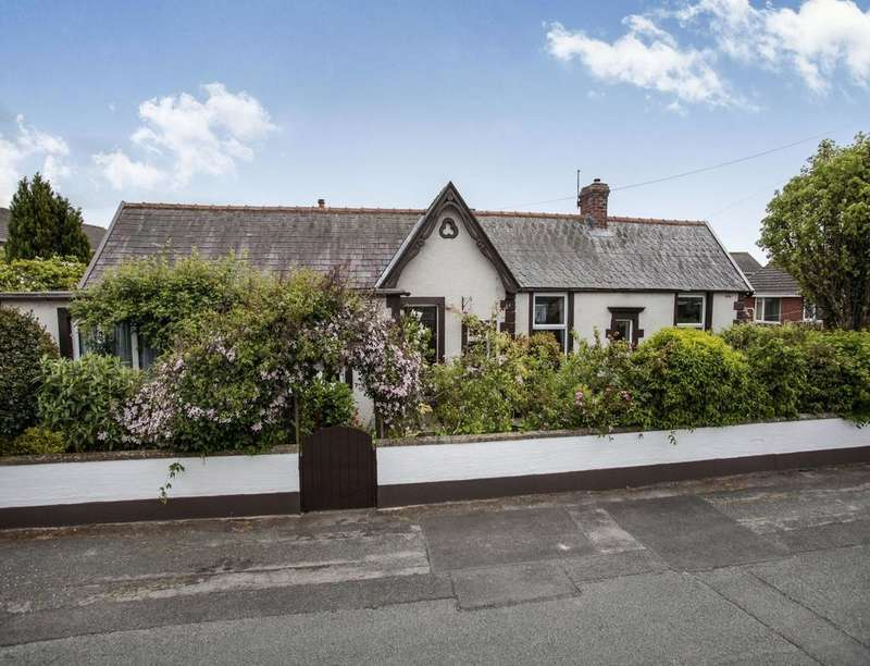 3 Bedrooms Bungalow for sale in Highmoor Bungalows, Wigton, CA7