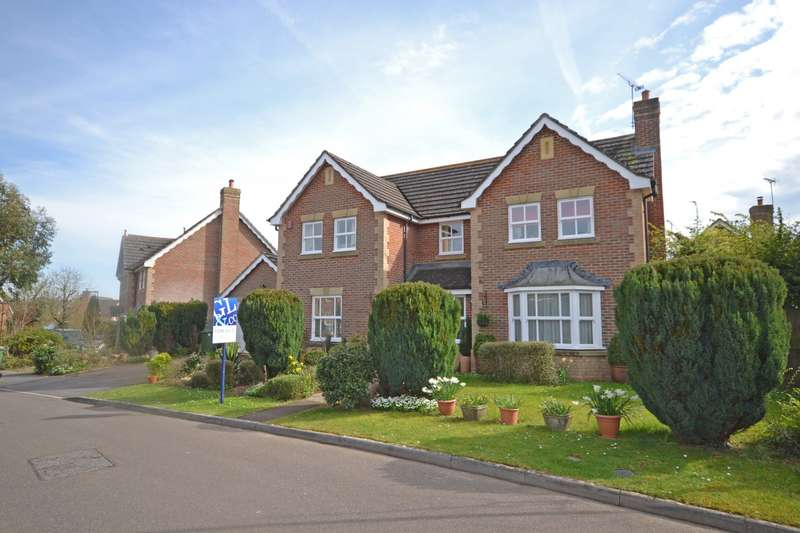 4 Bedrooms Detached House for sale in Masons Way, Codmore Hill, Pulborough, West Sussex, RH20